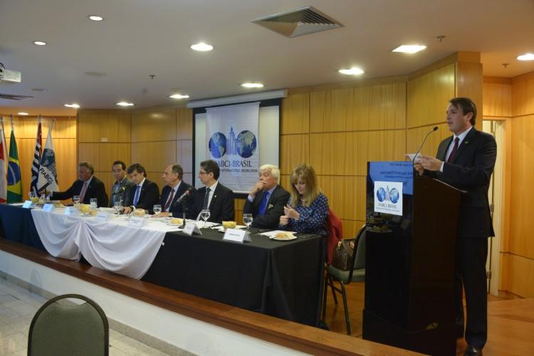 Evento FIABCI-BRASIL, 15 de setembro, sobre os grandes projetos arquitetônicos do Arq. Carlos Ott e a transformação de Miami, EUA